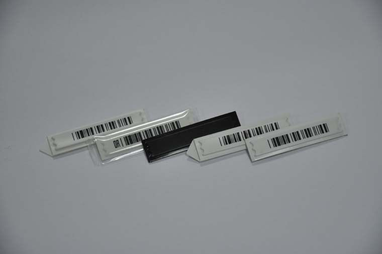 نوار کد 58kHz DR AM Barcode EAS Labels Soft Security Tag، عرض 10.8mm ± 0.2mm عرض تامین کننده